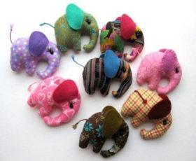 Разноцветные слонята своими руками