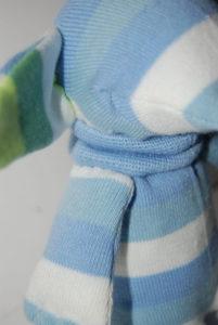 Игрушки из носков. Слоник своими руками (15)