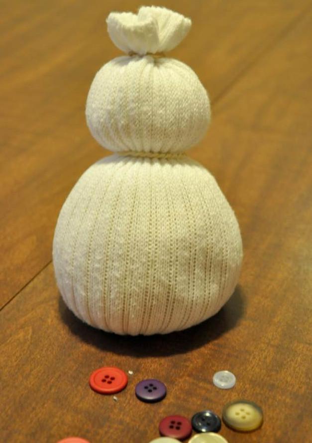 Как сделать игрушку снеговик своими руками