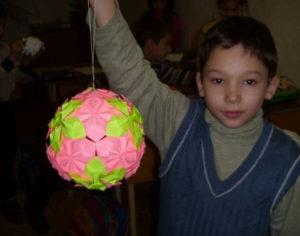 Большие новогодние игрушки на уличную елку (64)