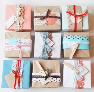 Идеи упаковки подарков. Как красиво подарить игрушку (63)