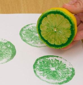 Игрушки для девочек и мальчиков. Как сделать штамп своими руками (27)