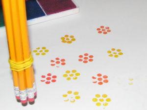 Игрушки для девочек и мальчиков. Как сделать штамп своими руками (29)