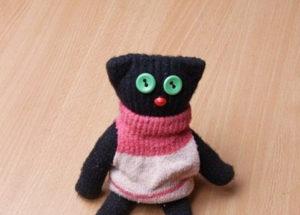 Игрушки из перчаток своими руками. Как сшить котёнка (2)
