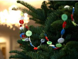 Игрушки на елку своими руками 2016. Идеи из пуговиц (19)
