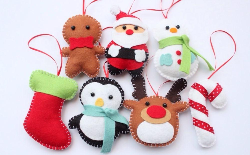 Елочные игрушки в подарок своими руками