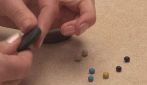 Лепка игрушек из пластилина. Как сделать божью коровку своими руками (39)