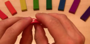 Лепка игрушек из пластилина. Мухомор своими руками (32)