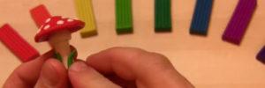 Лепка игрушек из пластилина. Мухомор своими руками (6)