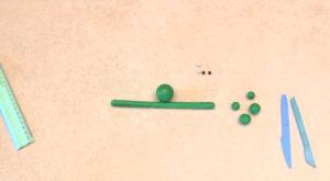 Лепка игрушек из пластилина. Сделать лягушку своими руками (29)