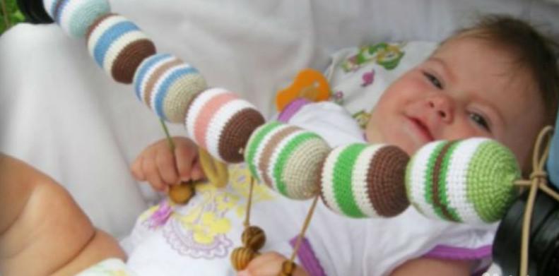 Как связать для младенца на руки