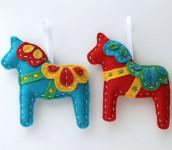 Ёлочные игрушки из фетра (1)