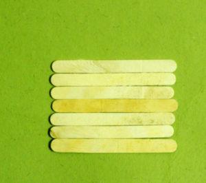 Что можно сделать из палочек от мороженого (4)