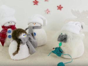 Игрушка снеговик из носка (23)