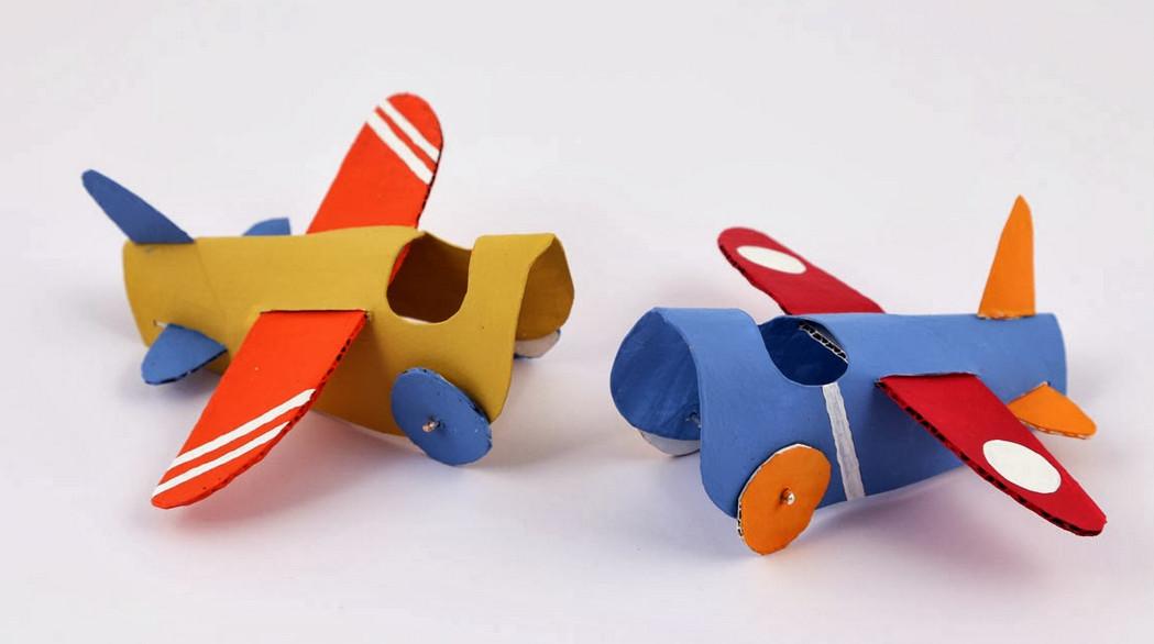 Как сделать самолет для ребенка