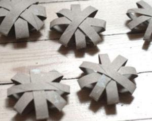 Игрушки из рулонов от туалетной бумаги (13)