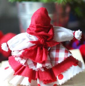 Как сделать куклу из ткани (14)