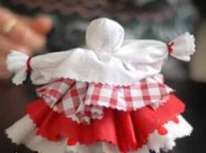 Как сделать куклу из ткани (27)