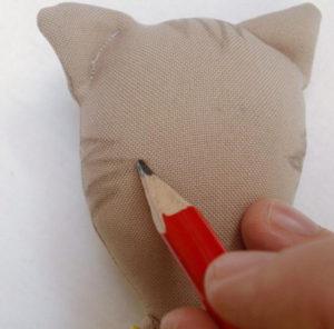 Как сделать на 8 марта подарок. Игрушки своими руками для мамы (8)