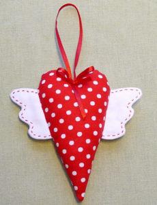 Сердечко игрушка. Подарок на 14 февраля своими руками (11)