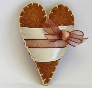 Сердечко игрушка. Подарок на 14 февраля своими руками (13)