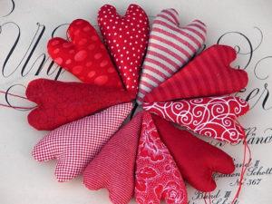 Сердечко игрушка. Подарок на 14 февраля своими руками (16)