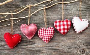 Сердечко игрушка. Подарок на 14 февраля своими руками (21)