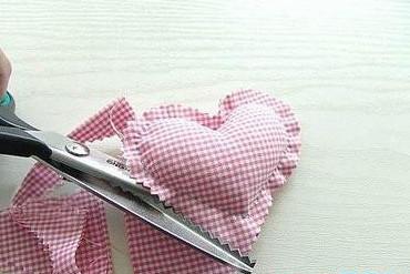 Как сшить сердечки (18)