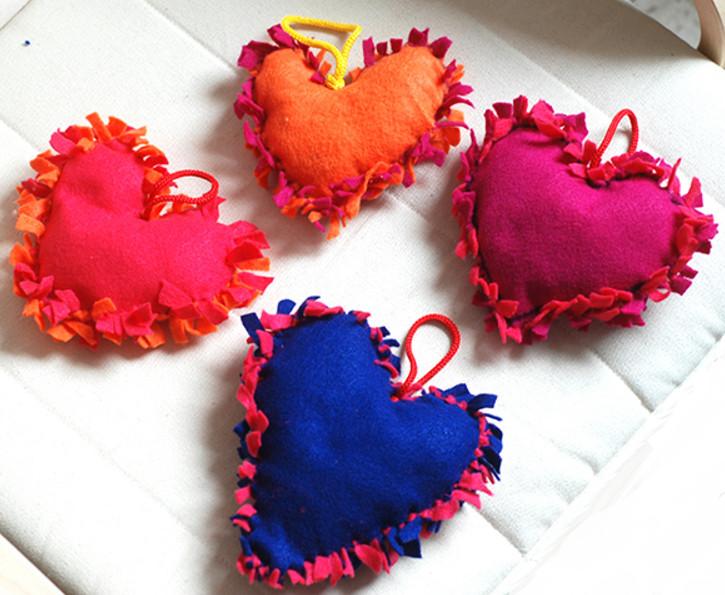 Как сшить сердечки (41)