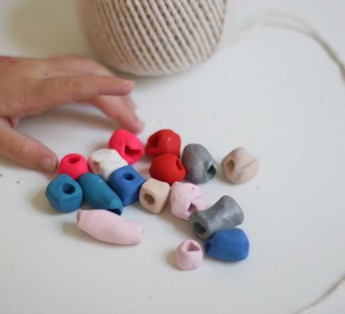 Игрушки из пластилина.