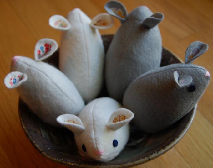 Мышки из фетра.