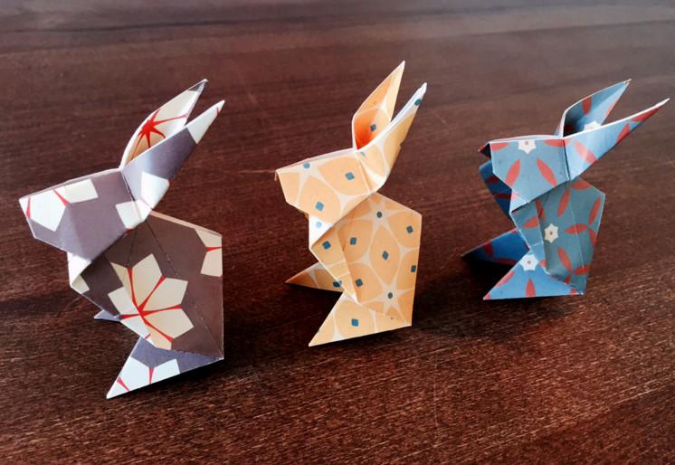 Зайчики оригами.