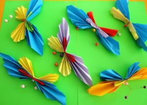Бабочки из бумаги своими руками (22)