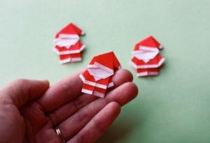 Как сделать дед мороза из бумаги (24)