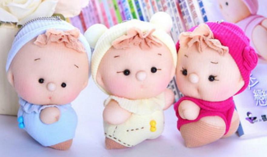 Милые пупсы из капроновых носков: забавная игрушка за один вечер!