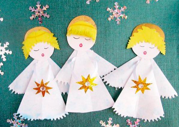 Рождественская открытка с детьми старшей группы
