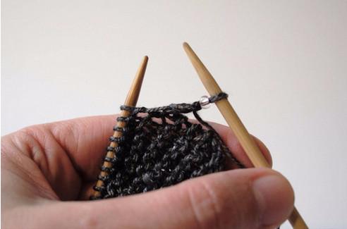 Чудо способ: как вязать с бисером на толстых спицах...