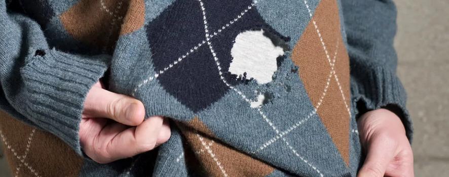 Как зашить дырку на любимом шерстяном свитере. Идеи, советы и мастер класс своими руками
